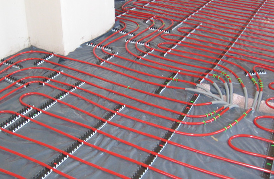 Underfloor heating installation for an orangery extension